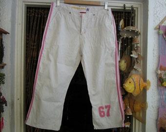 White High Waist Cotton Capri Pants with Touches of Pink, Vintage - Medium