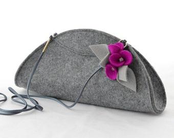 Grey Small Felt Cute Handbag Cluch with a Fuchsia Pink Wool Brooch