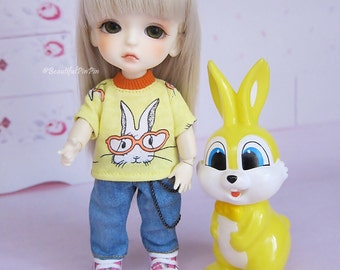 Lati yellow/mui chan : Yellow Rabbit & Denim Jeans