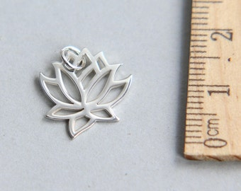 Lotus Charm, Silver Lotus Charm, 925 Sterling Silver Charm, Sterling Silver Yoga Charm, Lotus Flower Charm, 16mm ( 1 piece )