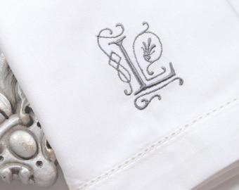 Victoria Monogrammed Napkins, Embroidered Cloth Dinner Napkins /Set of 4/ cotton napkins, custom napkin, script monogram, wedding napkin
