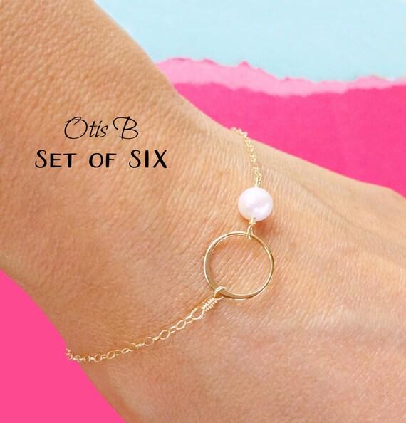 Bridesmaid gifts, set of 6: SIX karma bracelets, silver pearl bracelets, karma jewelry, 4 bracelets for bridesmaids