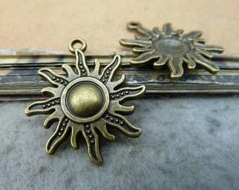 10pcs 25x28mm The Sun Antique Bronze Retro Pendant Charm For Jewelry Bracelet Necklace Charms Pendants C879