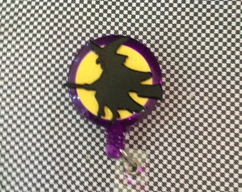 Retractable ID Badge Reel Witch