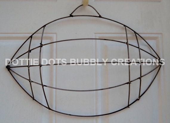 Football Wire Wreath Form