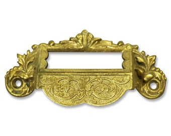 Apothecary cabinet pull with name plate