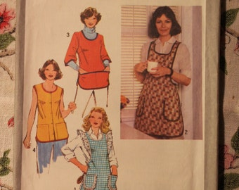 Simplicity Sewing Pattern 9209  Vintage 1979 Apron- Miss Size Small 10 -12
