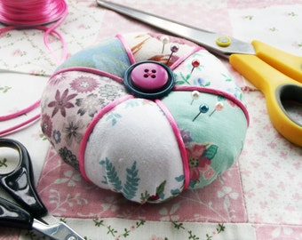 Pincushion in Pretty Vintage Fabrics
