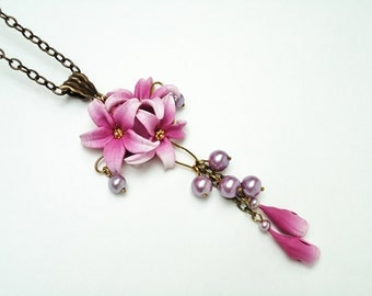 Lily necklace, Purple flower pendant, Lily pendant, Polymer clay Jewelry, Violet flower necklace, Wedding Jewelry, handmade jewelry