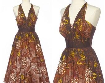 vintage 50s hawaiian dress // Halter Shelf Bust Full Skirt Tropical Floral Small