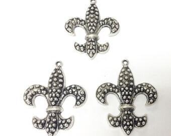 3 antique Silver Plated fluer de lis charms