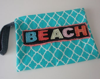 Beach bag for suits or sunscreen Thrift & After