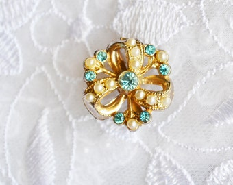 Tiny Faux Pearl Brooch, Rhinestones, Gold Tone Wreath, Vintage Accessory  Sale, Item No. B741