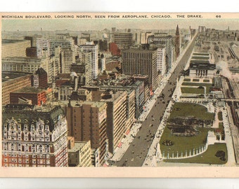Vintage Postcard, Chicago, Illinois, Michigan Boulevard Looking North, The Drake