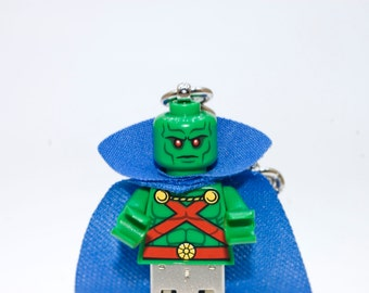 128GB Martian Manhunter USB Flash Drive with Key Chain