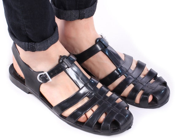mens plastic sandals