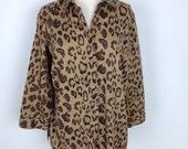 Vintage 90s women leopard print button down shirt