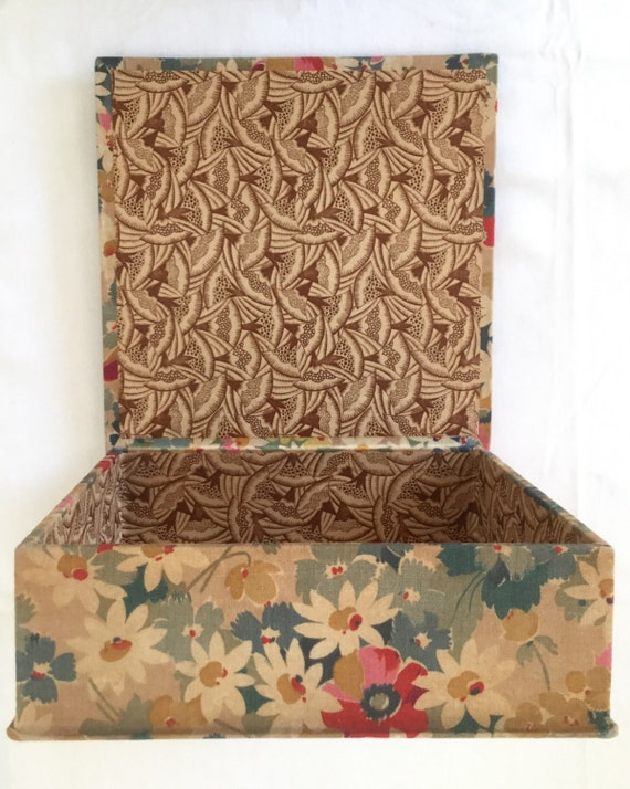 box covered Cotton fabric flowers 1910 French vintage fabric art deco tissues