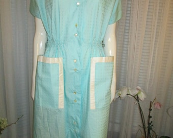 1950's Ladies Lt Green/White Big Girl HOUSE DRESS by Lounge Craft