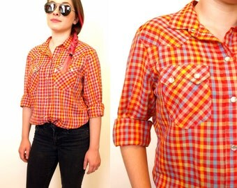 Vintage womens 70s Levi Strauss western pearly snap plaid top size M