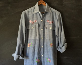 Vintage 70's embroidered Chambray