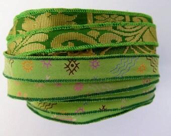 Green and Gold Bracelet Ribbon Mix, W183
