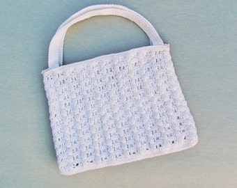Vintage crocheted purse, 1950's summer purse, off white wedding purse to embellish