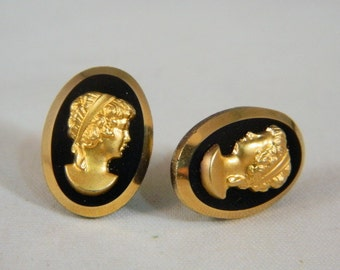 Hobe Cameo Pierced Earrings / Vintage 1960s Cameo Post Earrings / Gold and Black Designer Cameos