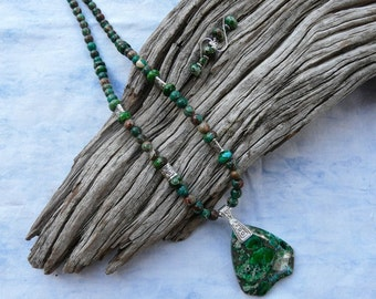 20 Inch Emerald Green Sea Sediment or Imperial Jasper Pendant Necklace with Earrings