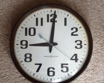 Huge vintage General Electric clock