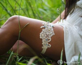 Stunning Swarovski Crystal Rhinestone Wedding Garter, Ivory Floral Lace Wedding Garter with Swarovski, Ivory Flower Lace Bridal Garter