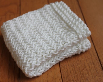 Hand Knit Dish Cloth, Wash Cloth, 100% Cotton, Textured Cleaning Cloth, Kitchen and Bath, Shower Gift, Stocking Stuffer (DC-015/White)