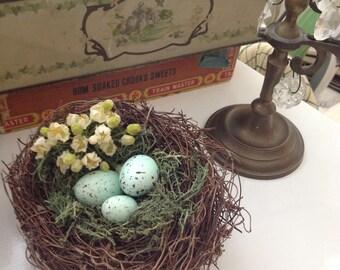Blue speckeld egg rustic bird nest, cottage bird nest, large bird nest