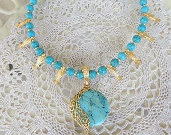 Turquoise Gold Necklace, Turquoise Jewelry, Frame Pendant, Tulip Necklace,  Semiprecious Stone Jewelry, Wedding Gifts, Women Gifts