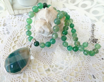 Green Agate Necklace, Green Jewelry, Green Necklace, Silver Agate Pendant, Fall Fashion, OOAK, Elegant,Feminine, Women Gifts