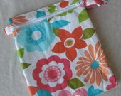 Hanky bag - size large 10x8 inches - dual pocket wet bag keeps clean and dirty items separate