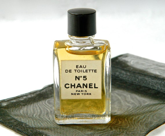 vintage chanel no 5 perfume eau de toilette full original mini. Black Bedroom Furniture Sets. Home Design Ideas