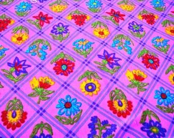 Retro Fabric - Vintage Barkcloth Fabric - NOS Vintage Fabric - 1960's Fabric - Mod Flowered Fabric - New Old Stock Vintage Fabric