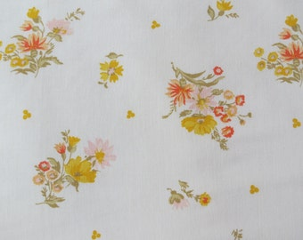 Vintage Sheet Fabric Fat Quarter- Autumnal Floral