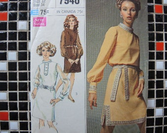 vintage 1960s Simplicity sewing pattern 7946 misses designer fashion dress size 12