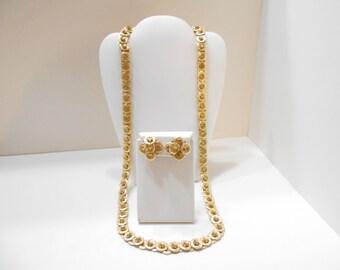 Vintage Gold Tone Discs Demi Parure (2571) Necklace & Clip Earrings