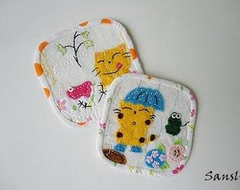 2 pcs-Kitchen accessory-felt coaster-cute coasters-unique coaster-mug rug- white coaster-cat coaster-coaster set