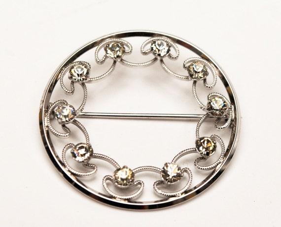 Krementz Rhinestone  Brooch - Silver tone metal - Clear crystal - Round Wreath - Mid Century Pin
