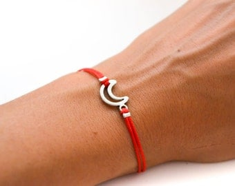 Moon bracelet, red cord bracelet with a silver crescent moon charm, outline moon, gift for her, minimalist jewelry, friendship, zen, red