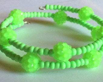 """Beautiful """"Eat Your Greens"""" Beaded Memory Wire Bracelet"""