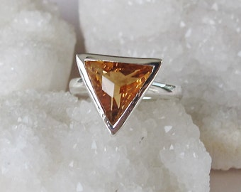 Unique Citrine Ring- Triangle Statement Ring- Yellow Topaz Ring- November Birthstone Ring- Trillion Yellow Bold Ring- Yellow Gemstone Ring