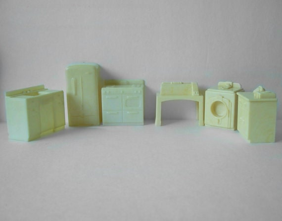 Dollhouse Furniture Hard Plastic Assorted By Margsmostlyvintage