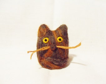 Needle Felted Cat -  miniature tortoiseshell cat figure - shetland and merino wool - wool felt cat - needle felt animal - torty cat