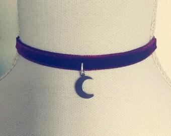 Red Velvet Crescent Moon Choker