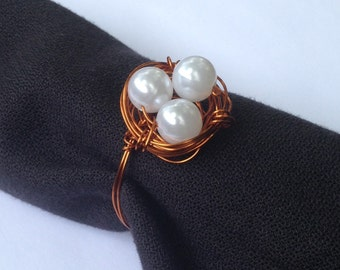 Pearl and Copper Nest Wire Wrapped Wedding Napkin Rings, Pearl Napkin Ring, Metallic Napkin Holder, Woodland Nest Napkin Ring